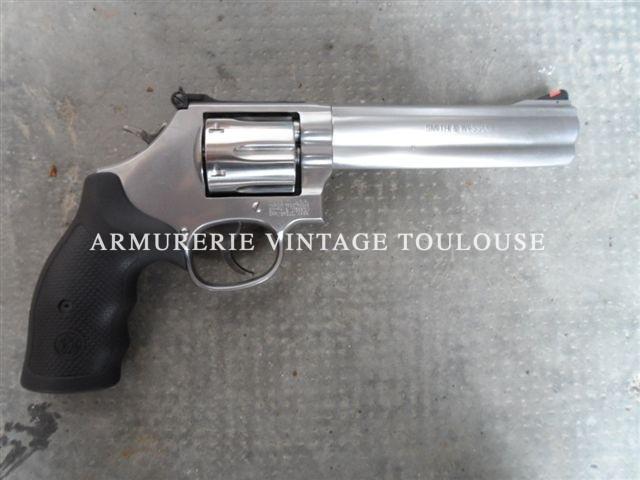 Smith et wesson 686 calibre 357 Magnum canon de 6 pouces