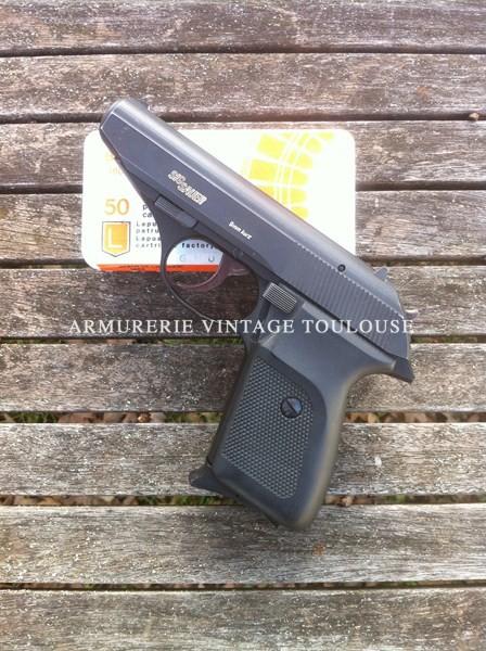 Pistolet SIG P230