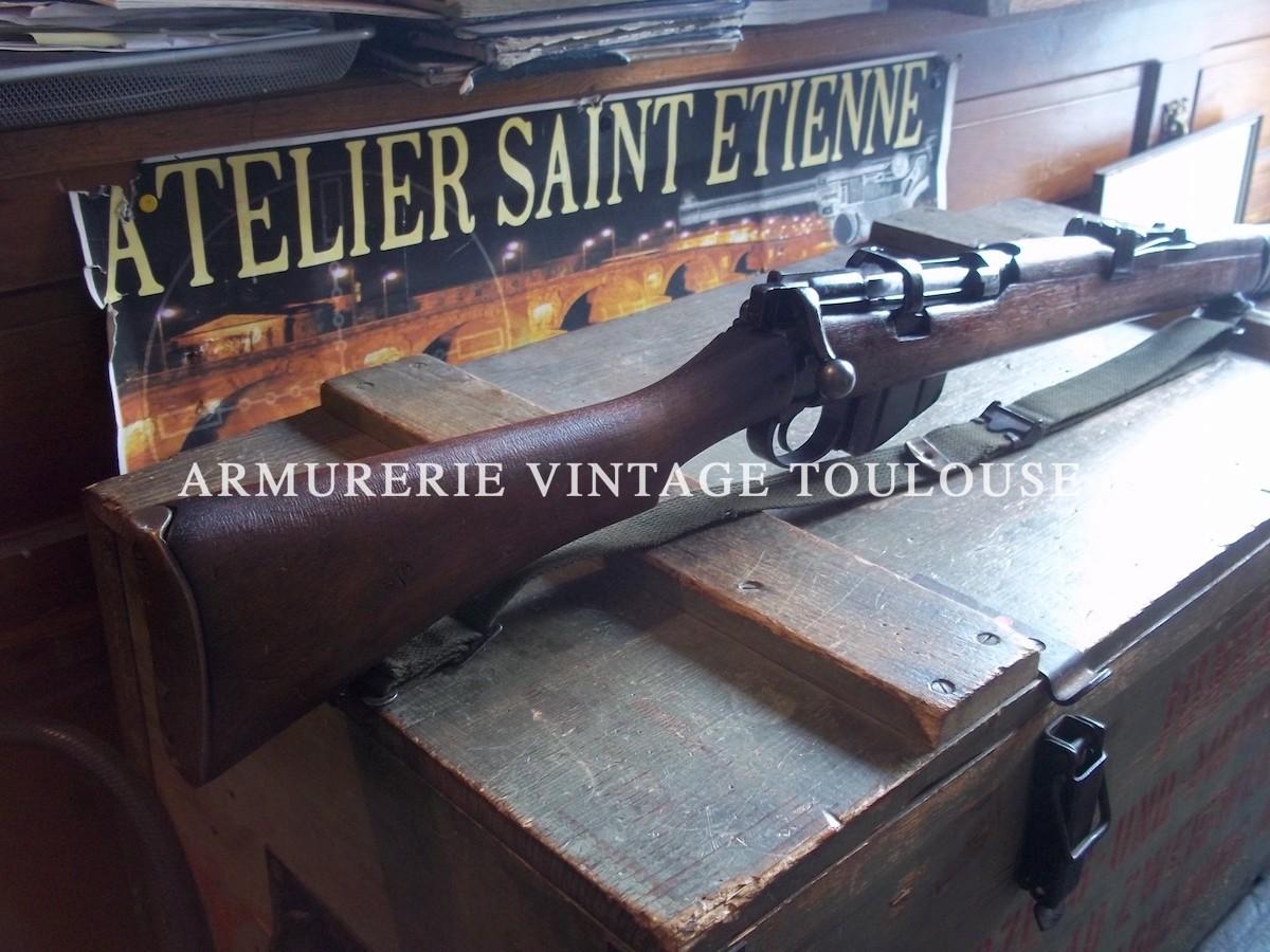 Beau fusil Britannique réglementaire Lee Enfield nr 2 MKIV calibre 22LR Mono-coup