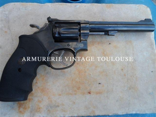 Smith et Wesson calibre 22LR en 6 pouces bronzé type 17/6