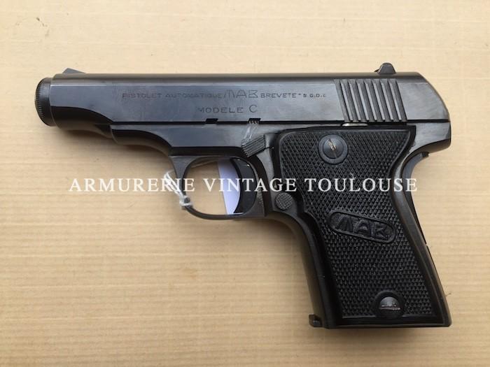Pistolet MAB type C calibre 7,65