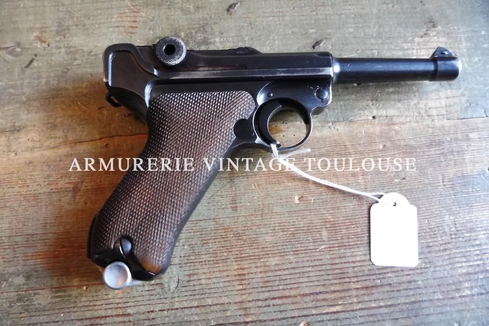 "Joli pistolet P08 Historique fabrication Mauser ""byf"" en 1942"