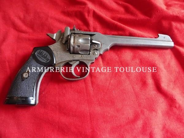 Revolver Anglais Webley MK IV dans sa rare variation en calibre 22LR