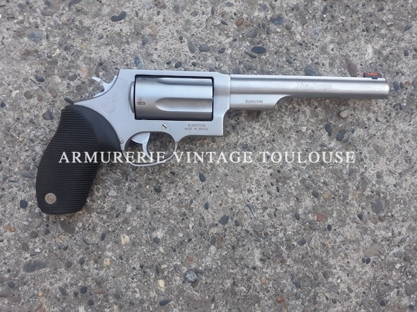 "Surprenant revolver Taurus modèle 413 ""Judge"""