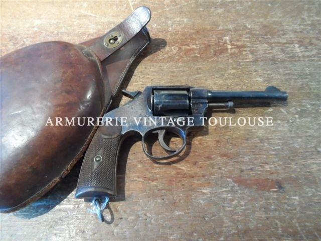 Revolver dit 1892 Espagnol calibre 8mm 92.