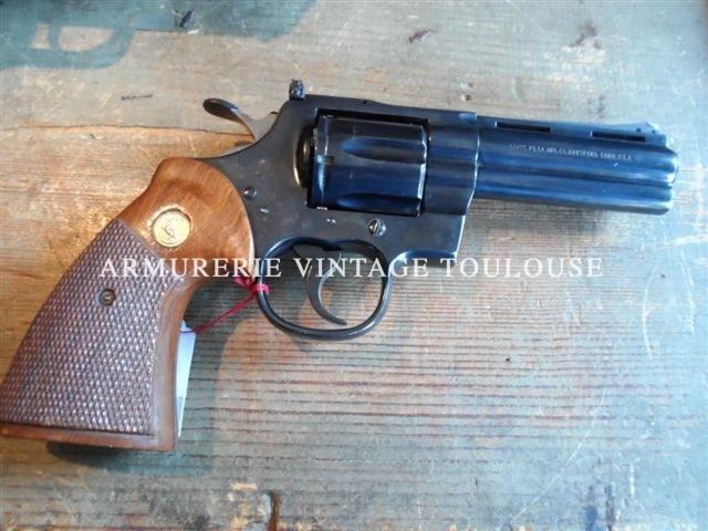 Révolver Colt Python en 4 pouces bronzé en calibre 357 Magnum