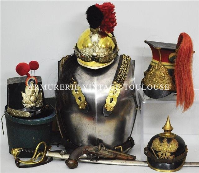 Vente de militaria , armes, coiffures, décorations Françaises sous les auspices de Maitre Rémy Fournier 7 rue D'astorg