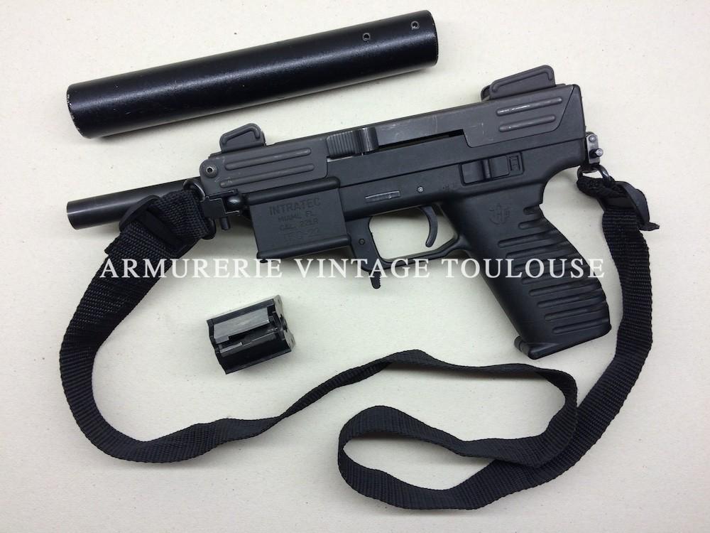 """Pistolet Calibre 22LR INTRATECH avec modérateur de son, Véritable """"Uzi du pauvre"""""""
