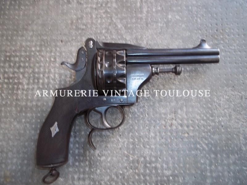 Revolver Belge HDH (Manufacture d'armes Henrion,Dassy & Heuschen) en calibre 6,35 mm à deux canons et 20 coups