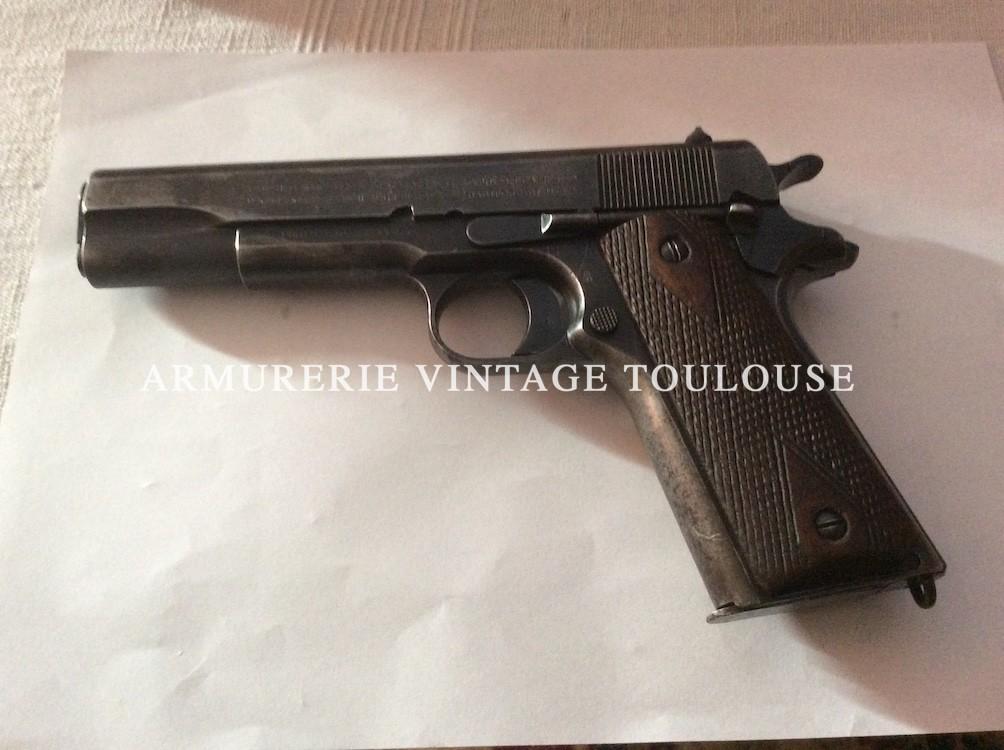 Joli pistolet colt 1911 calibre 45 A.C.P. Fabrication Colt de 1918