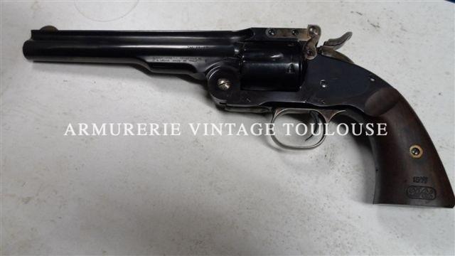 Réplique moderne d'un smith et Wesson schoffield à brisure et à extracteur collectif calibre 44/40 fabriqué chez UBERTI en Italie pour Navy arms