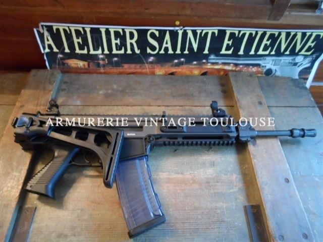 Fusil d'assault réglementaire de l'armée Tcheque CZ 805 BREN S1 calibre 223 Remington