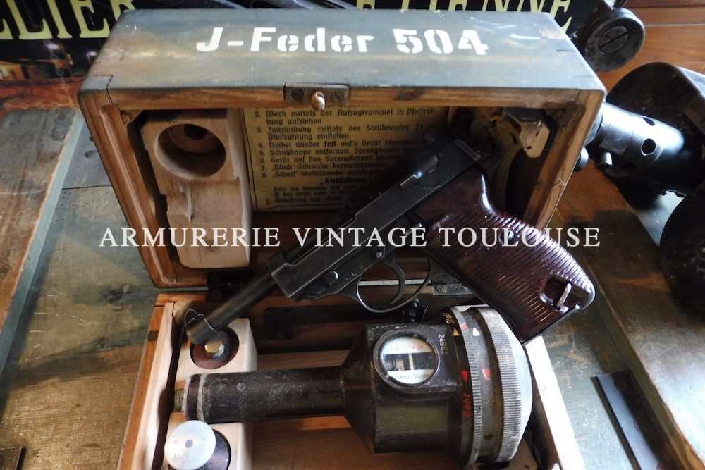 Pistolet Allemand Walther P38 calibre 9X19 fabrication Walther en 1943