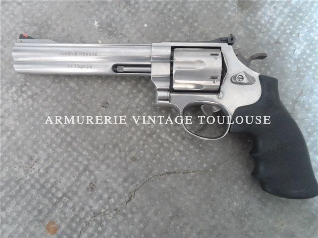 """Revolver Smith et Wesson calibre 44 MAgnum """"629"""" classic canon de 6 pouces poignée cahoutchouc"""