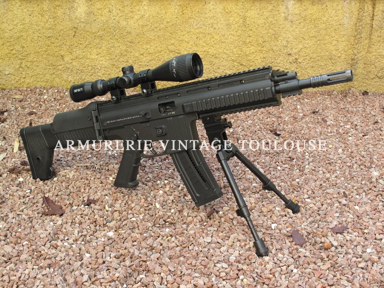 Carabine 22 LR semi-Automatique ISSC MK 22 & Réplique  du GLOCK  en 22LR