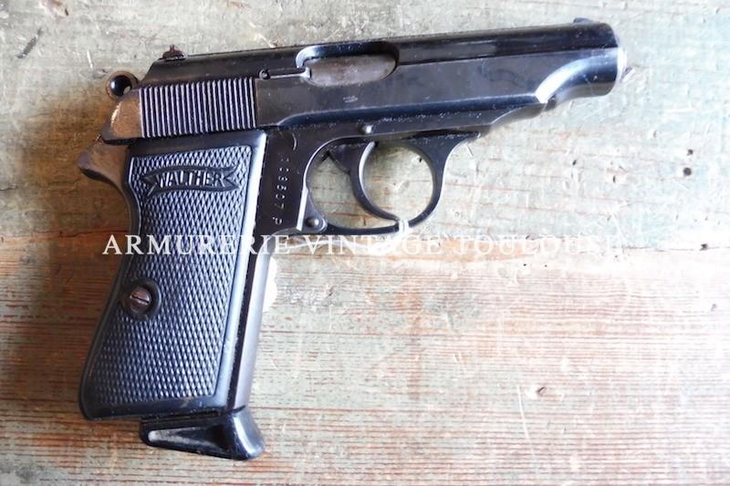 Pistolet Walther PP calibre 7,65 fabriqué à l'usine Germanique de Zelha