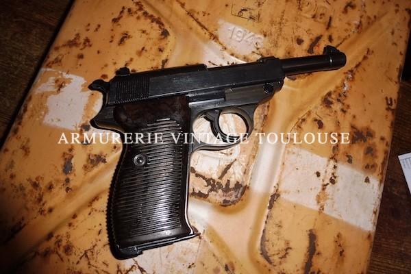 """Très joli pistolet réglementaire Allemand Walther P38 calibre 9 x19 fabrication """"ac"""" (Walther) en 1941"""