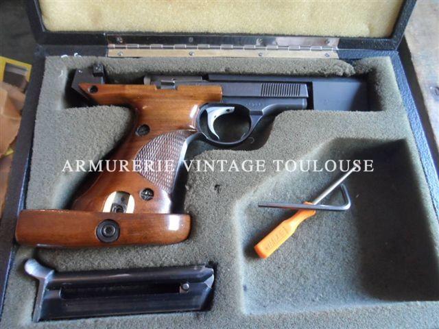 Pistolet vedette incontesté et incontestable dans le domaine du tir sportif en France, le pistolet DES 69 calibre 22LR