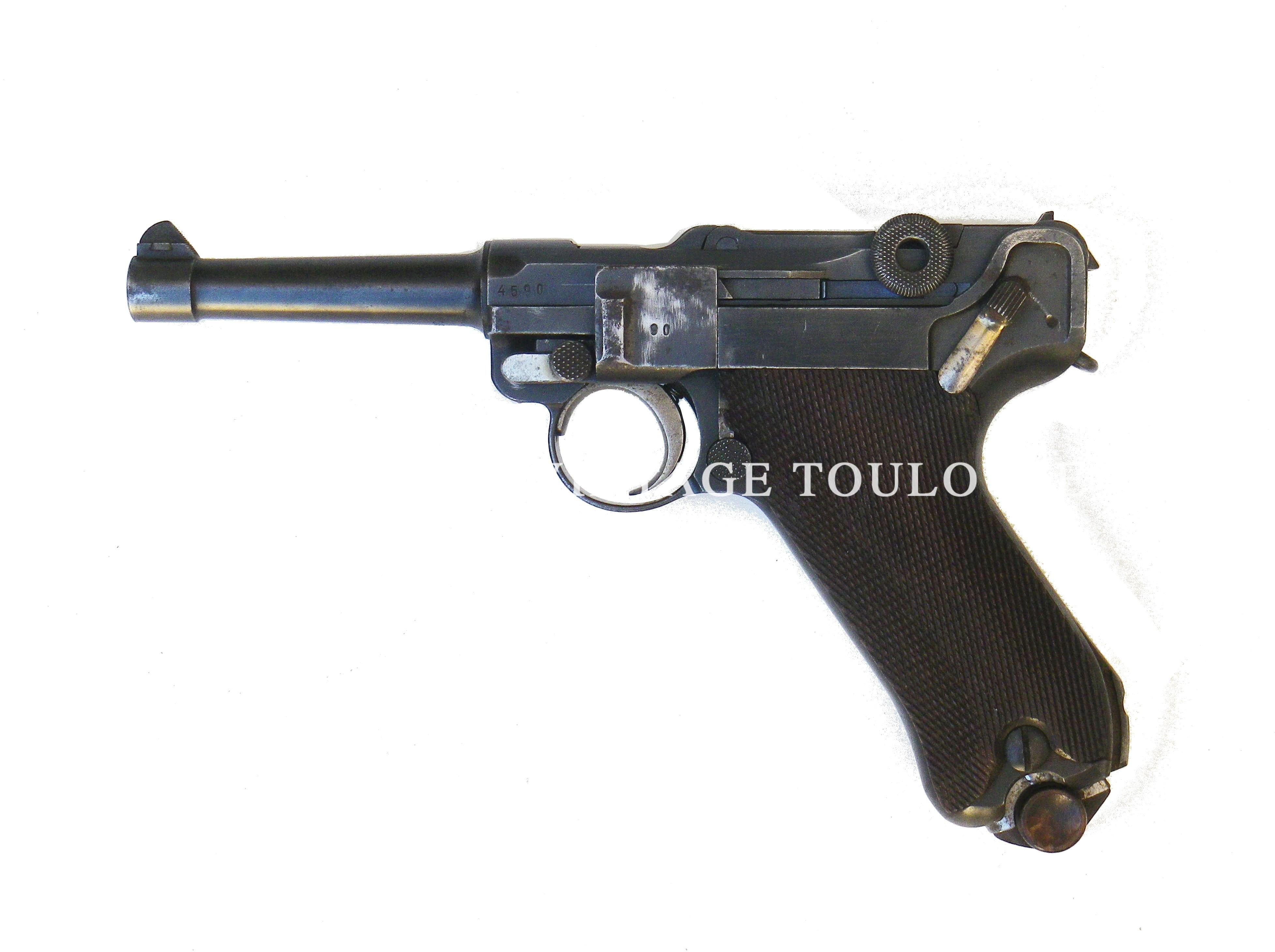 Rare Pistolet P08 de police calibre 9X19 pris sur un officier en Italie en 1944