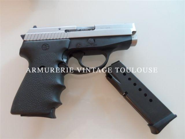 Pistolet calibre 9×19 Sig Sauer P 239 compact