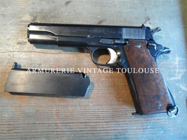 Pistolet semi-automatique STAR calibre 9X19
