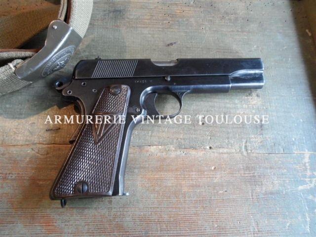 Pistolet RADOM VIS 35 Calibre 9X19