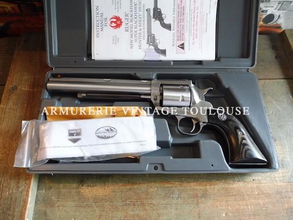 Revolver Ruger modèle Super Black hawk Hunter en canon de 7,5 pouces, calibre 44 Magnum