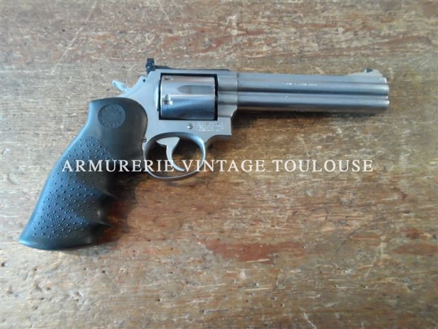 Révolver Smith et Wesson 686/2 calibre 357 magnum