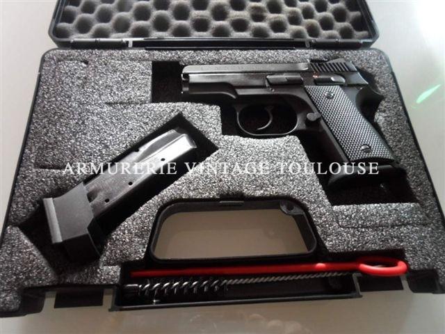 """Pistolet Compact CZ """"RAMI"""" calibre 9X19"""