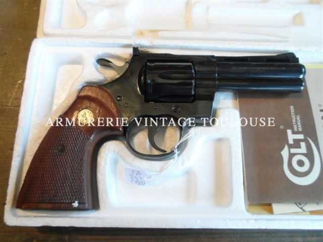 Révolver Colt Python en 4 pouces, calibre 357 Magnum