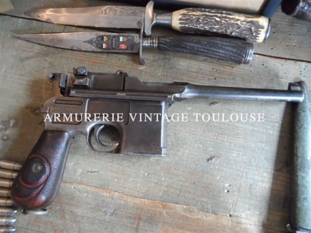 Pistolet Mauser C96 calibre 9×19