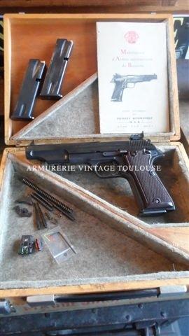MAB P15 F1 comme neuf dans sa boite d'origine, calibre 9X19