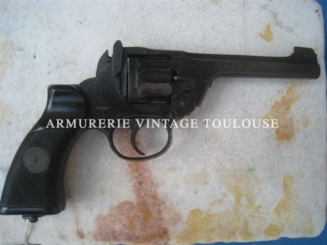 Revolver enfield Commando cal 380.