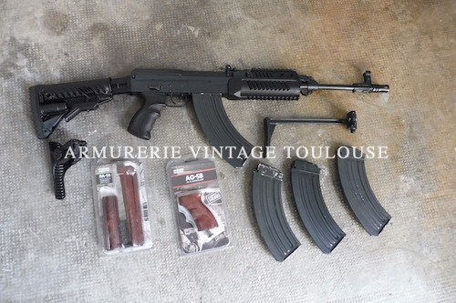 Carabine semi automatique calibre 7,62 x 39 CZ 858
