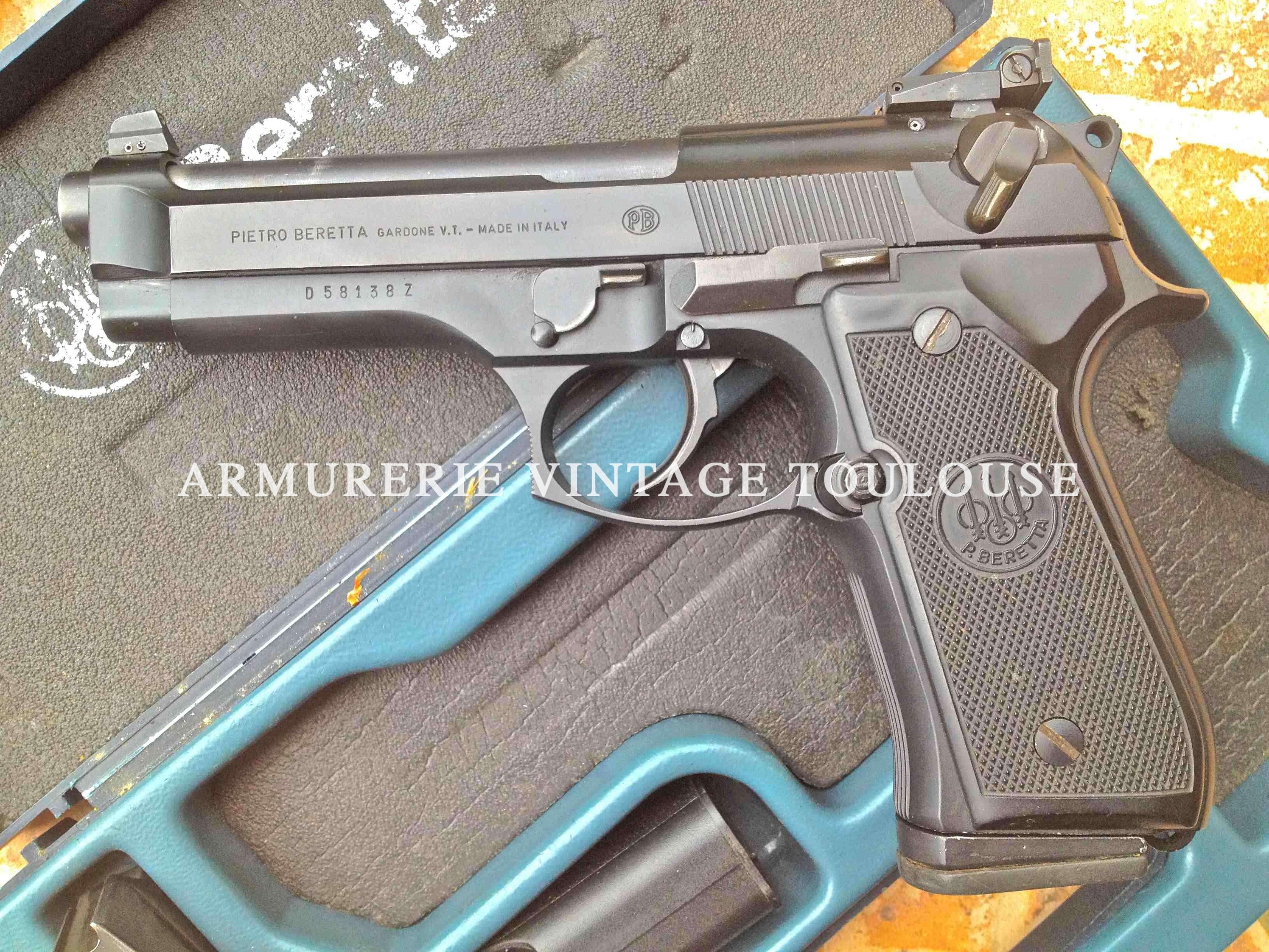Pistolet semi automatique Beretta 92 F calibre 9X19