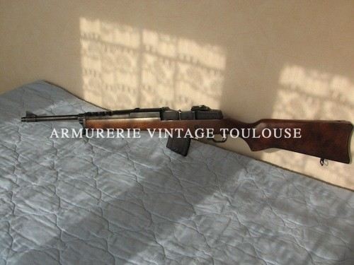 Rare carabine semi-automatique Ruger Mini 30 calibre 7,62 X39 (canon en diamétre de 311)