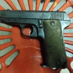 Pistolet de nettoyeur de tranchée français Ruby calibre 7,65