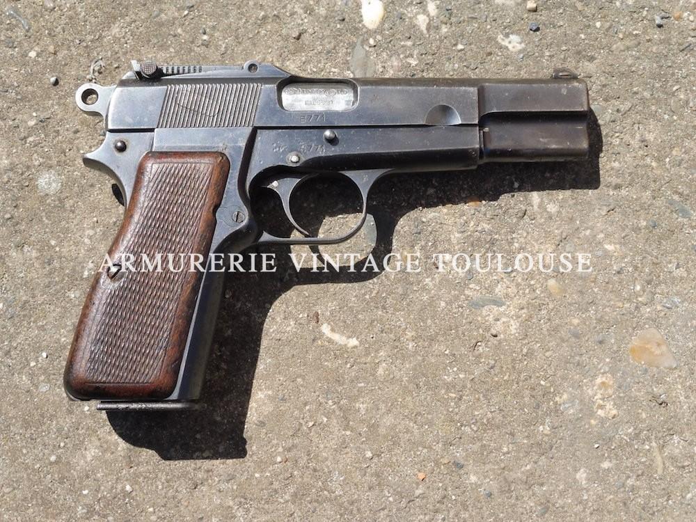 Pistolet GP 35 réglementaire Belge