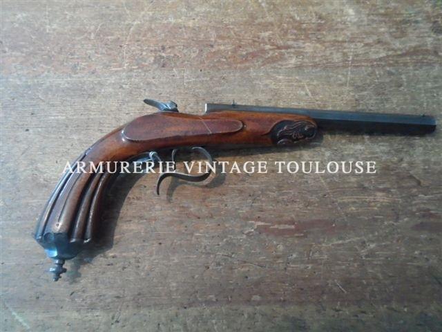 """Pistolet de salon calibre 6mm Flobert de belle qualité en catégorie """"D"""""""