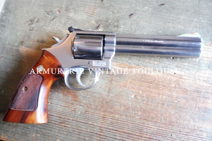 Revolver Smith et Wesson modèle 686 calibre 357 MAG