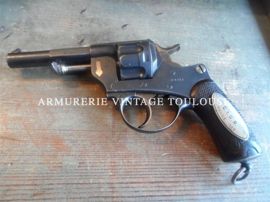 Somptueux révolver modèle 1874 réglementaire calibre 11 mm