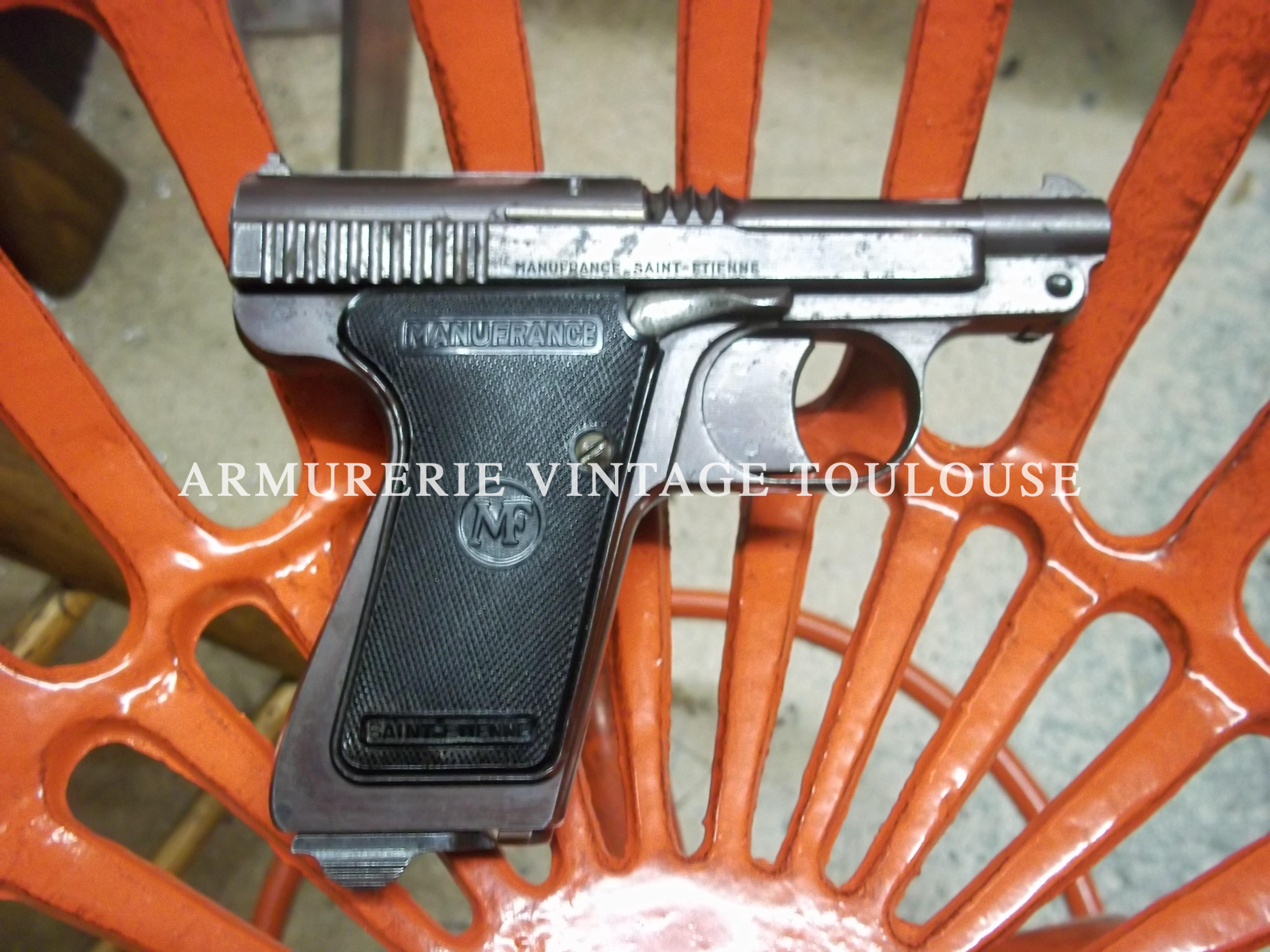 Joli pistolet LeFrançais de Manufrance en calibre 7,65