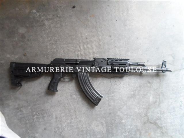 Superbe AK 47 calibre 7,62×39 upgradé et amélioré