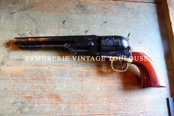 Transformation par Cimarron F.A. & Co Fredericksburg Texas d'un revolver uberti type 1851 Colt