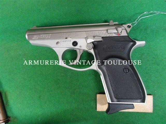 Séduisant pistolet calibre 22LR double action BERSA Thunder 22 de fabrication Argentine!!