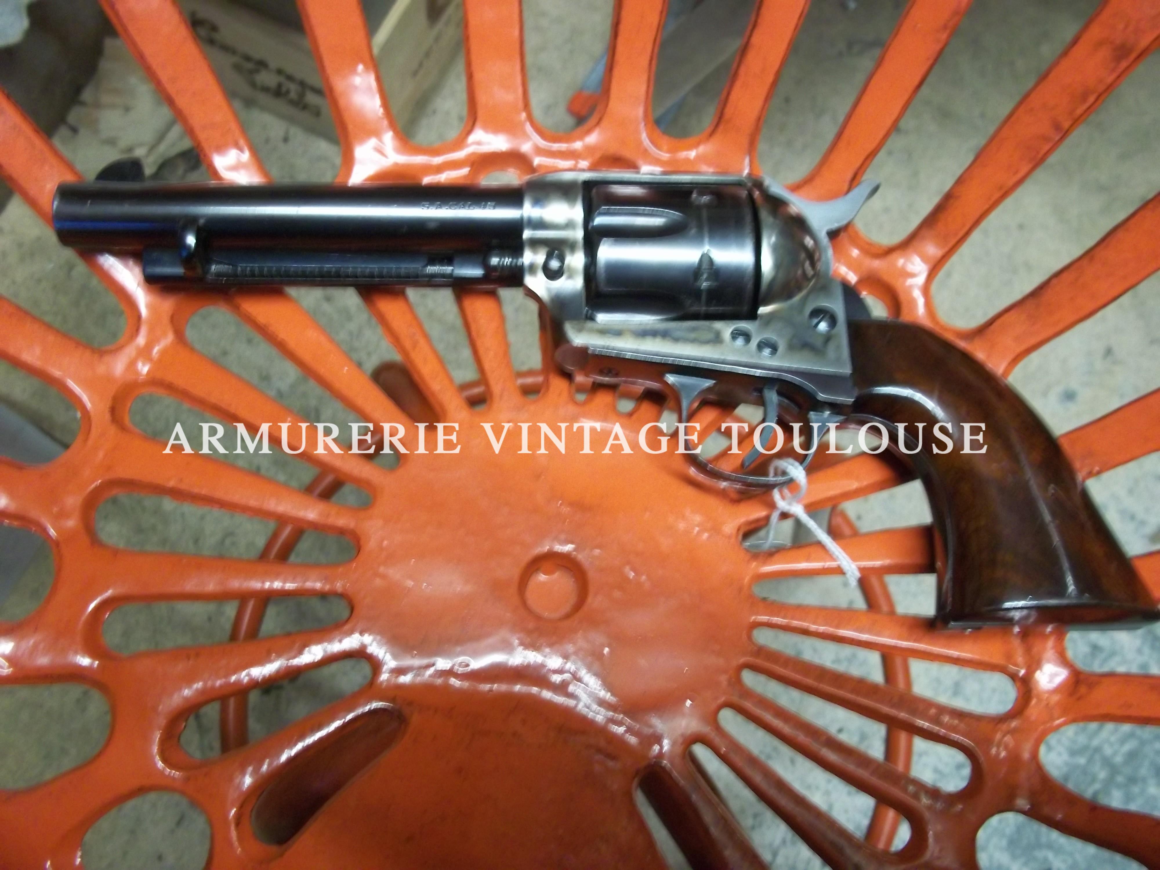 Révolver uberti calibre 45LC type SAA 1873
