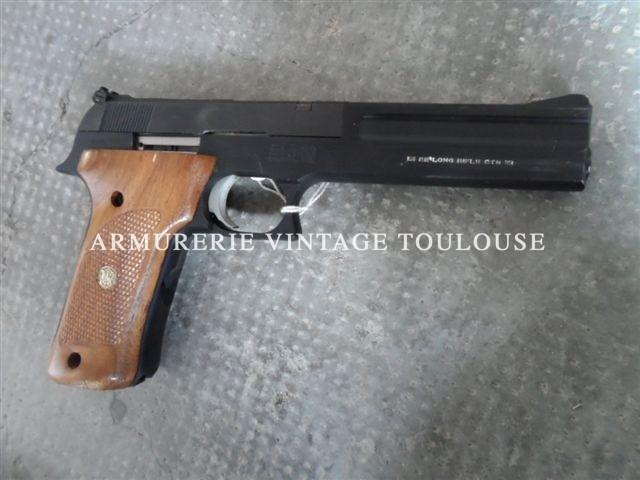 Lot de deux pistolets de tir smith et Wesson 422 calibre 22LR