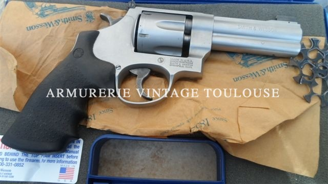 Smith et Wesson calibre 45 ACP