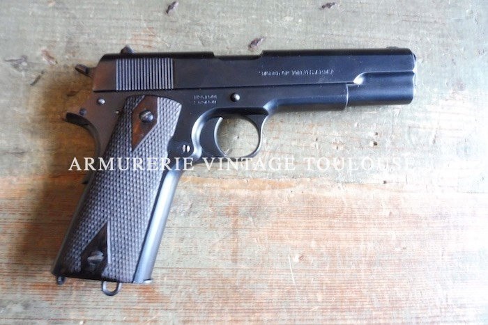 Pistolet Colt modèle réglementaire 1911 fabrication de 1913