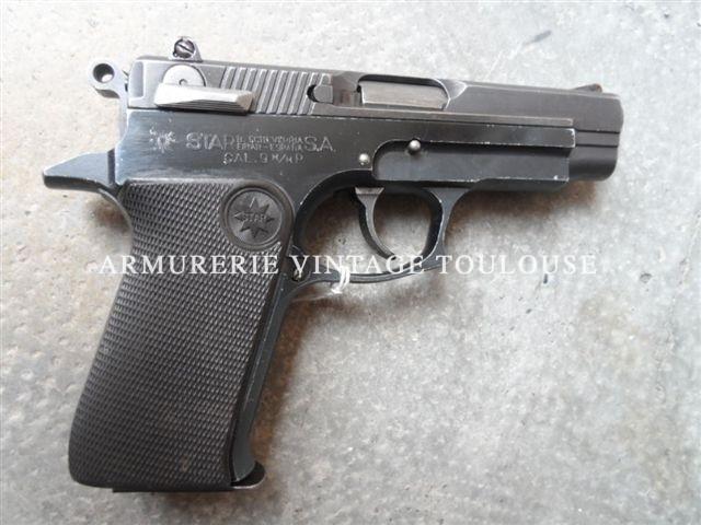 Pistolet compact en acier de fabrication Basque STAR 28 PK calibre 9X19 dans sa boite